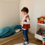 Gilet de berger porté par un petit garçon