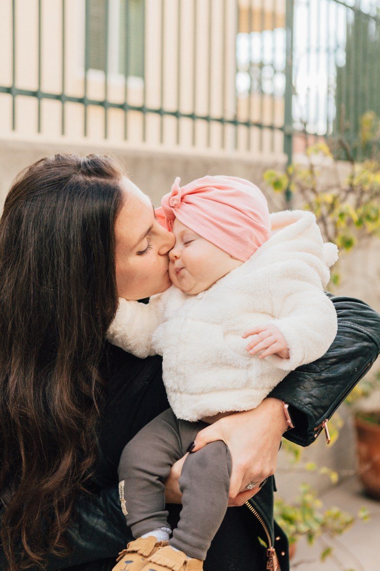LA Blogger, RELish By Arielle shares monthly photos leading up to her daughter's first birthday