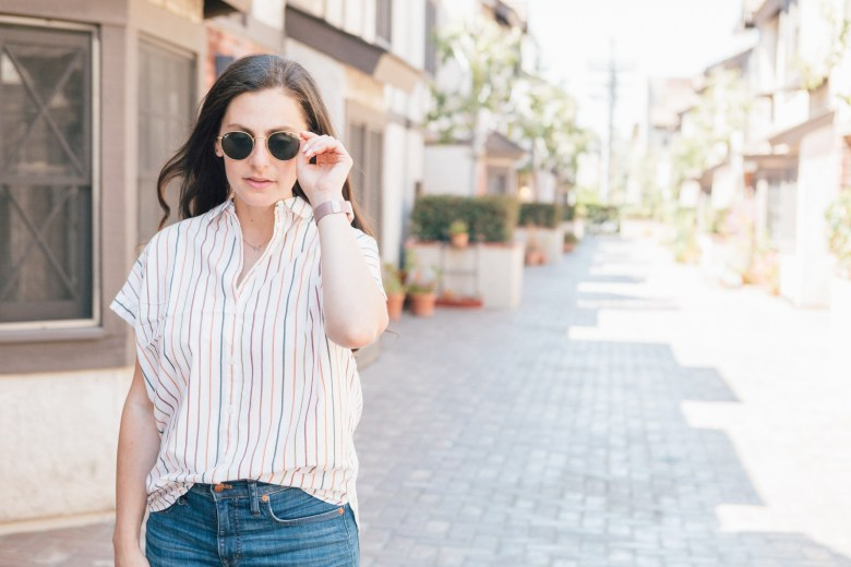 Los Angeles Blogger, RELish By Arielle wears a Madewell button-down shirt