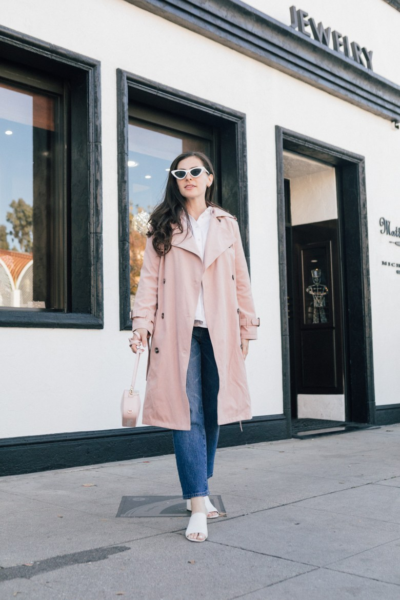 Los Angeles blogger, RELish By Arielle, shares a pink trench coat by Chicwish