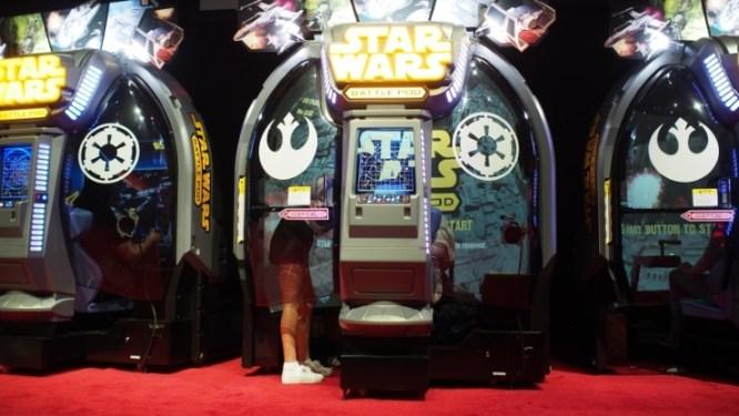 443975-star-wars-battle-pods