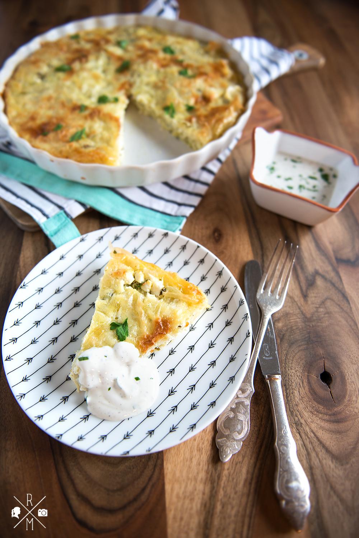 Börek aus dem Backofen mit vegetarischer Füllung aus Feta und Petersilie | relleomein.de