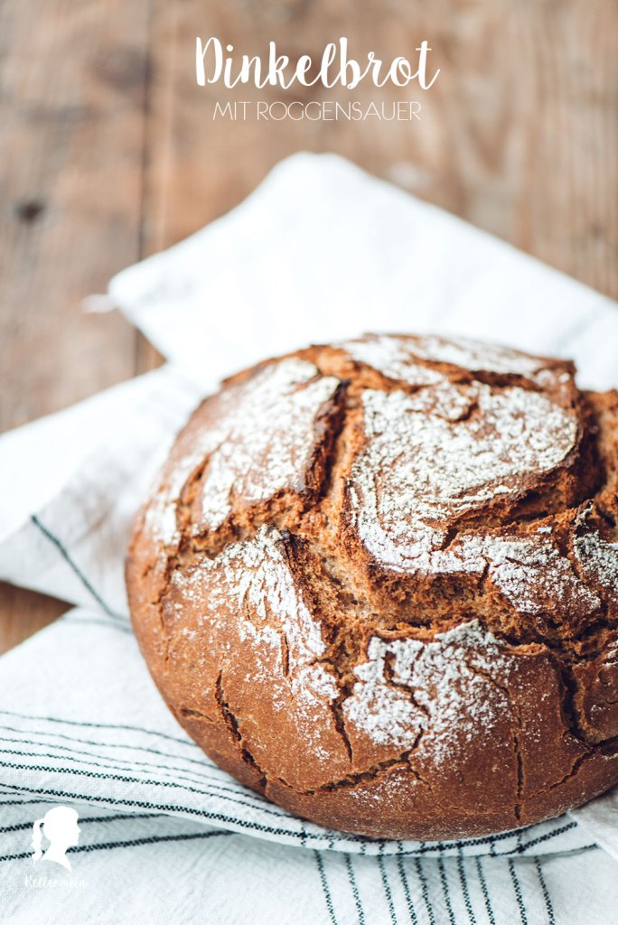 Dinkelbrot mit Roggensauerteig - Brot backen ohne Hefe | relleomein.de #brotbacken #foodblogger #brotrezept
