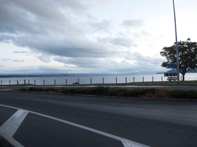 Blick auf den Taupo Lake - auch wenn das Wetter nicht stimmt.