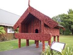 Te Puia - Haus für Lebensmittel, auf Stelzen damit keine Tiere dran kommen