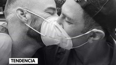 Photo of #RickyMartincompartió en sus redes sociales una fotografía en la que besa a su esposo,#JwanYosef, para celebrar el Día del Orgullo#LGBT.