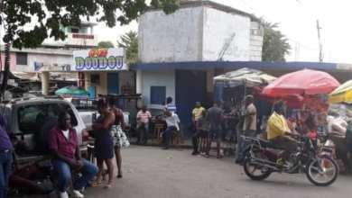 Photo of Haití : El dólar se compra entre 70 a 80 gourdes y se vende a 90 gourdes