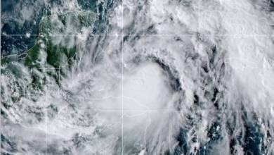 Photo of Huracán Zeta empieza a azotar Yucatán con lluvias y vientos