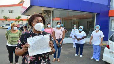 Photo of Enfermeras llevan ocho meses sin cobrar