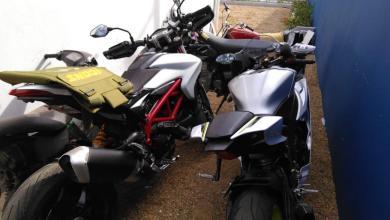Photo of Ocupan motocicletas de alto cilindraje y chaleco antibalas en allanamiento; Montecristi