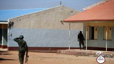 Photo of Liberados 344 estudiantes secuestrados en el ataque a una escuela de Nigeria