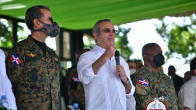 Photo of Abinader anuncia aumento salarial para miembros Fuerzas Armadas