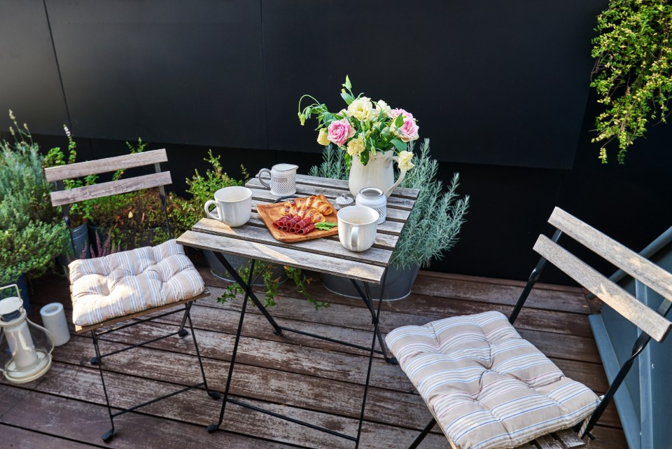 Home staging terrasse pause café