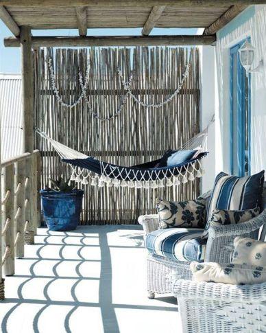 Terrasse couleur bleue