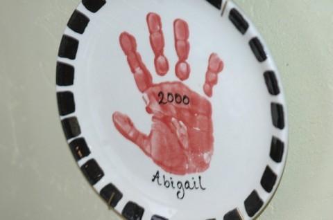 Abby hand plate