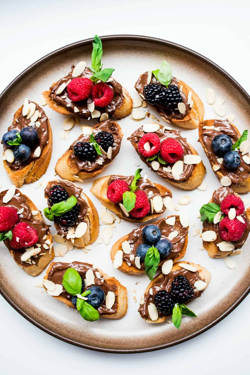 Nutella Berry Bruschetta Recipe