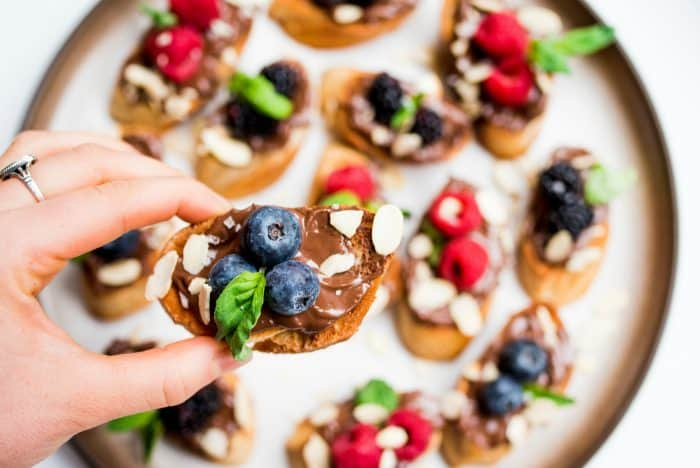 Easy Nutella Berry Bruschetta Recipe