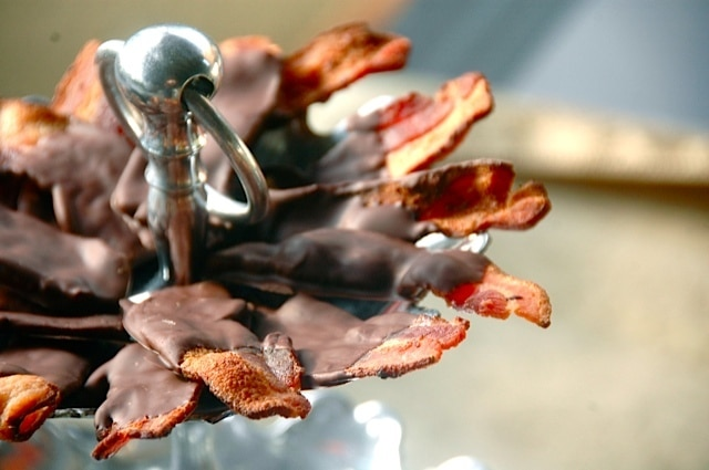 BEST Party Chocolate-Dipped Bacon Recipe