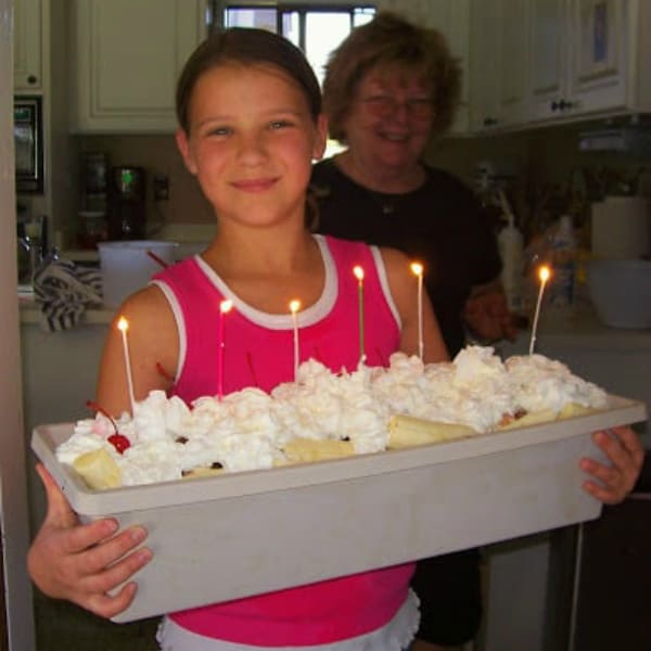 How to Make a Summer Ice Cream Trough