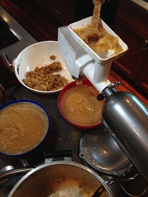 How to make applesauce with KitchenAid mixer and attachments