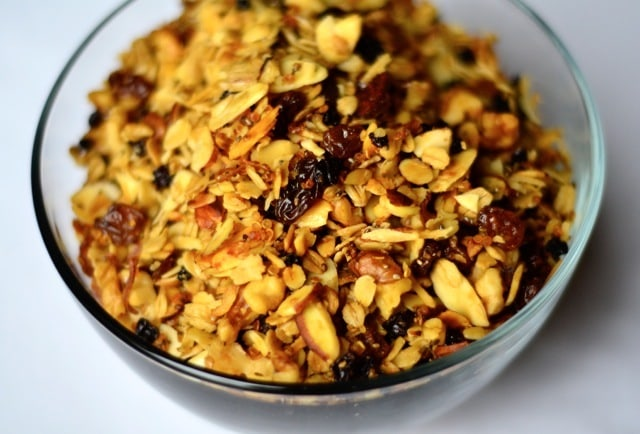Quinoa Granola with Currants and Coconut