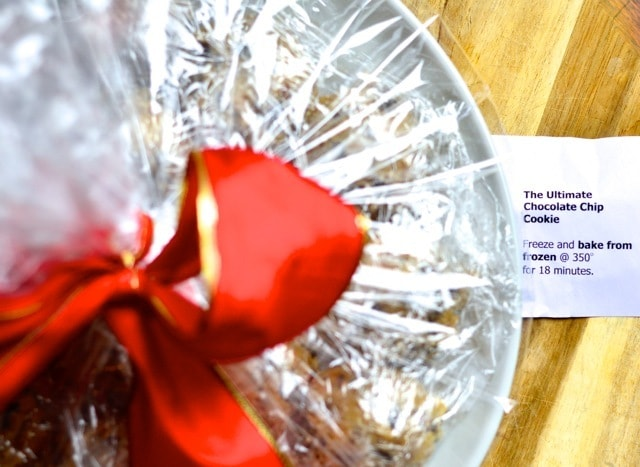 Gift to Give: Frozen Ultimate Chocolate Chip Cookie Platters