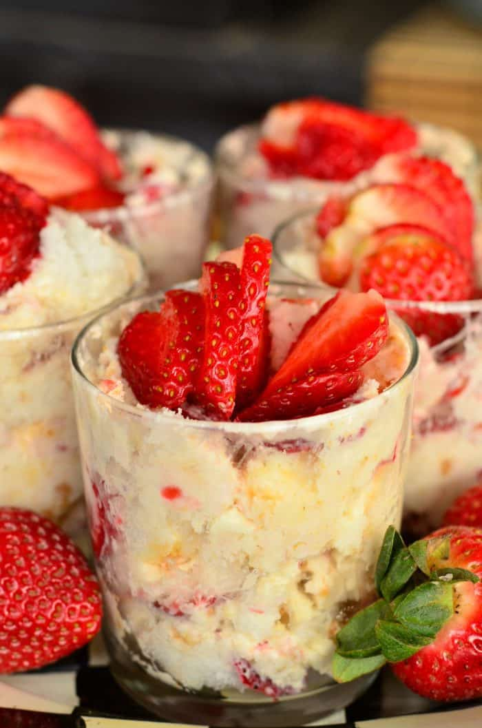 Easy Strawberry Lemon Cheesecake Parfaits
