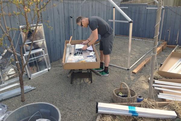 DIY Garden Project: Lowe's Home Improvement Polycarbonate Greenhouse