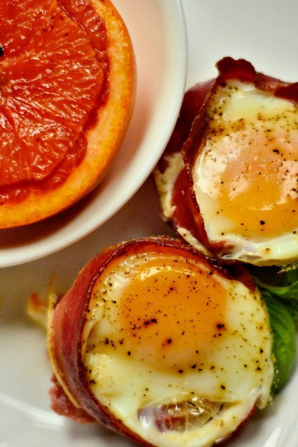 bacon egg tomato cups with grapefruit