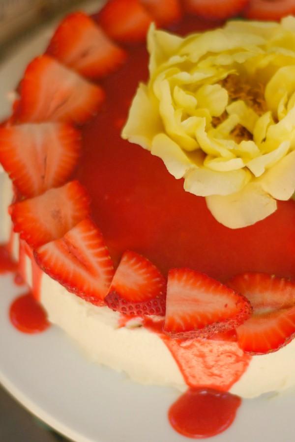 Strawberry and White Chocolate Lemon Torte