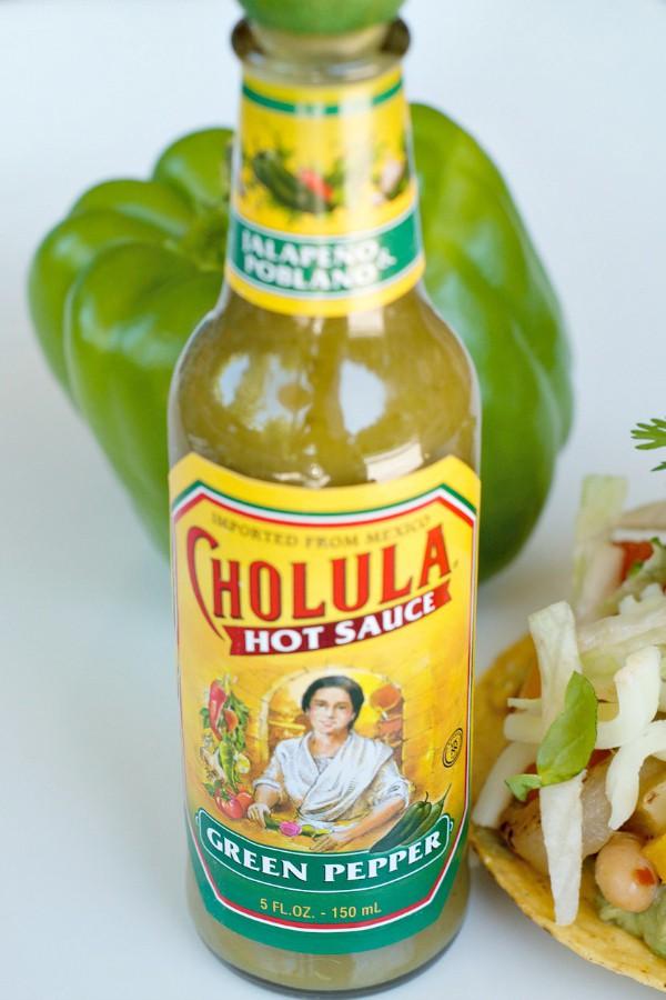 How to Make Fajitas Tostadas with Green Pepper Hot Sauce