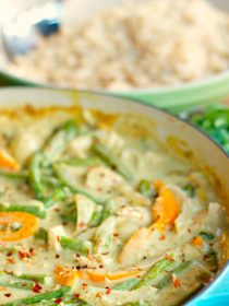 Chicken Curry on Brown Rice   ReluctantEntertainer.com