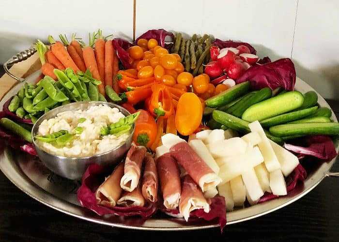 7 Tips to a Delicious Crudités Platter - Reluctant Entertainer
