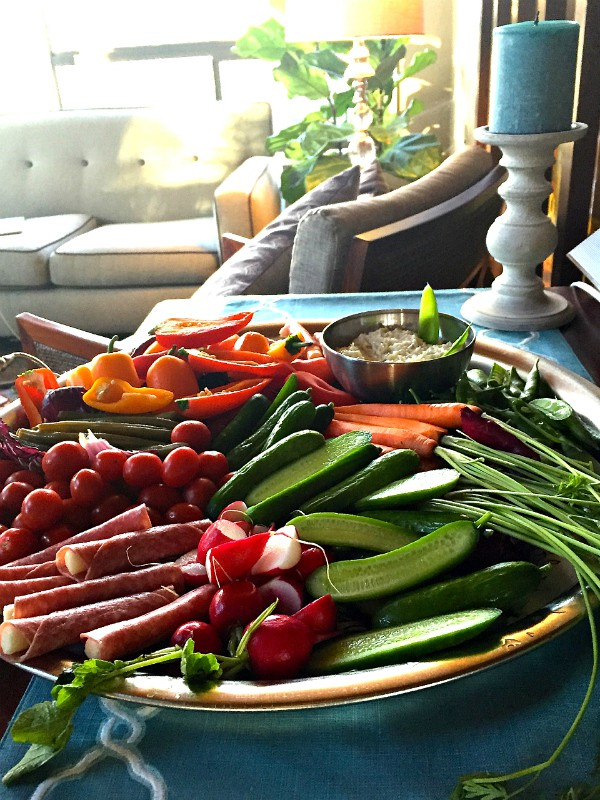 7 Tips to a Delicious Crudités Platter | Reluctant Entertainer