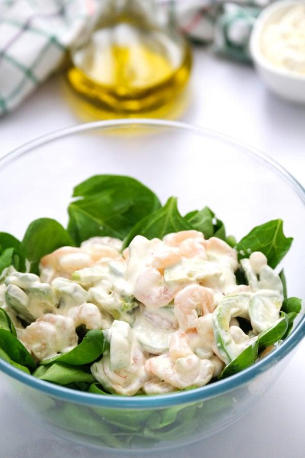 Green Salad with Shrimp and Avocado dressing