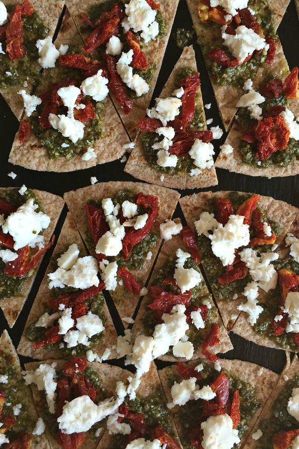 Tomato Feta Pesto Tortilla Bites | ReluctantEntertainer.com