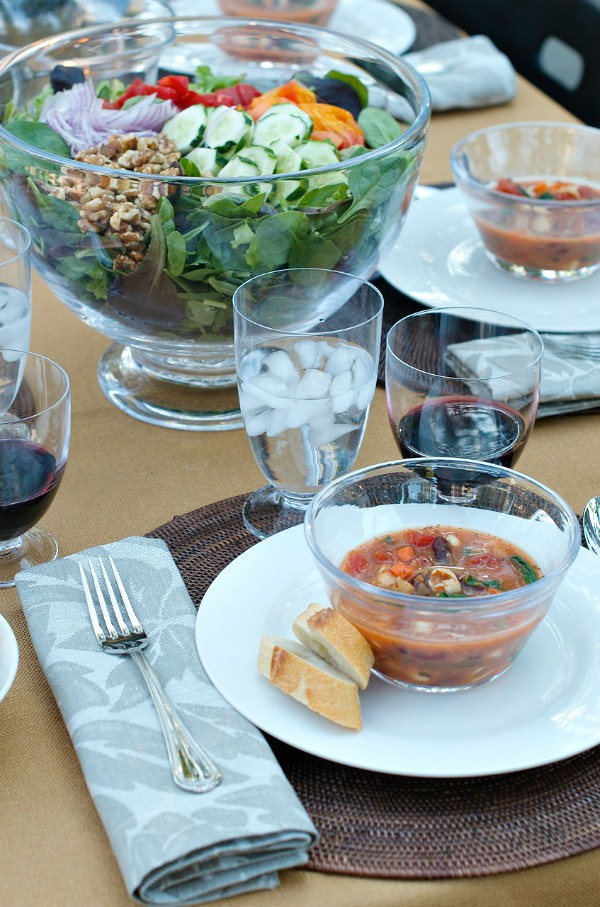 Fall Dinner Party Minestrone Soup Recipe | soup & bread