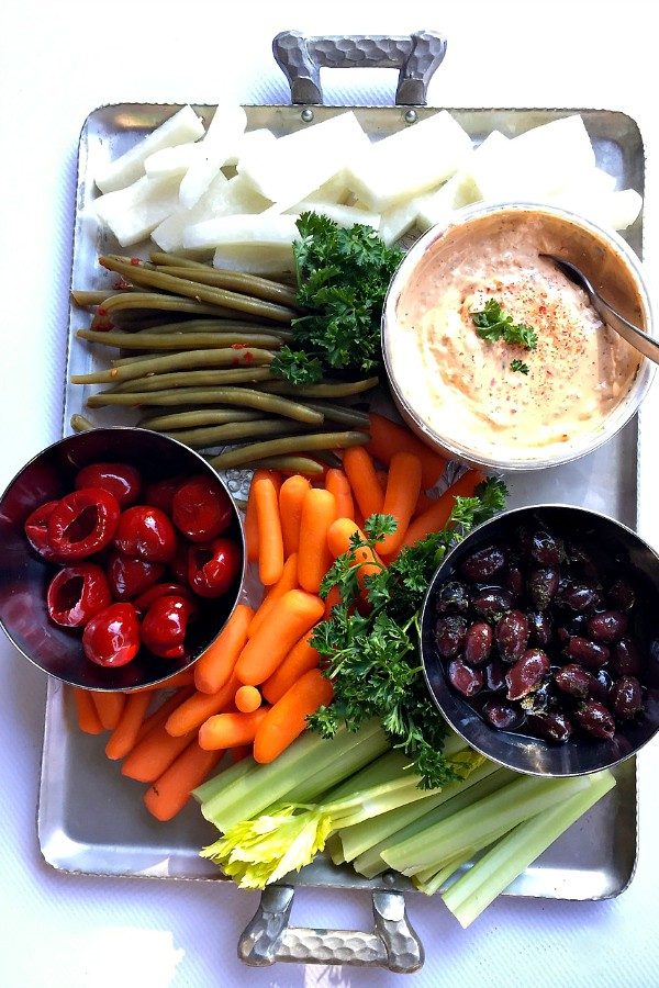 Vegetable Appetizer Platter and Dip for the Holidays