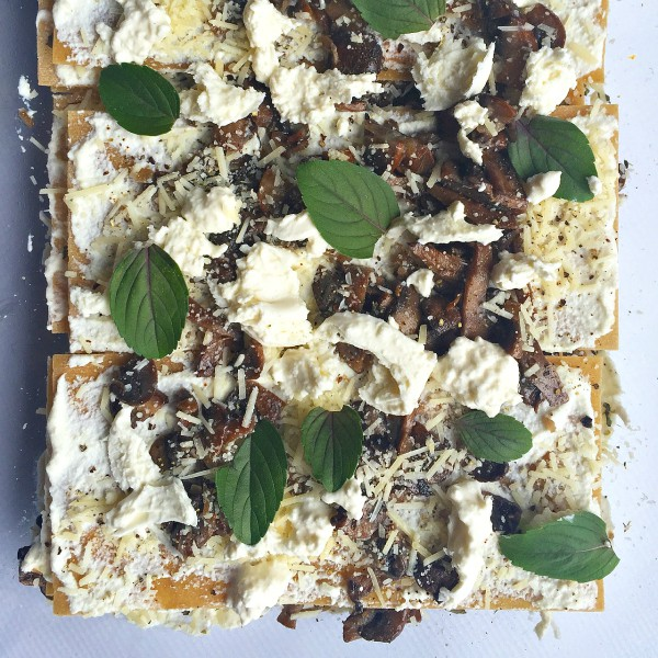 Vegetarian, creamy, mushroom burrata lasagna, an easy weeknight dinner!