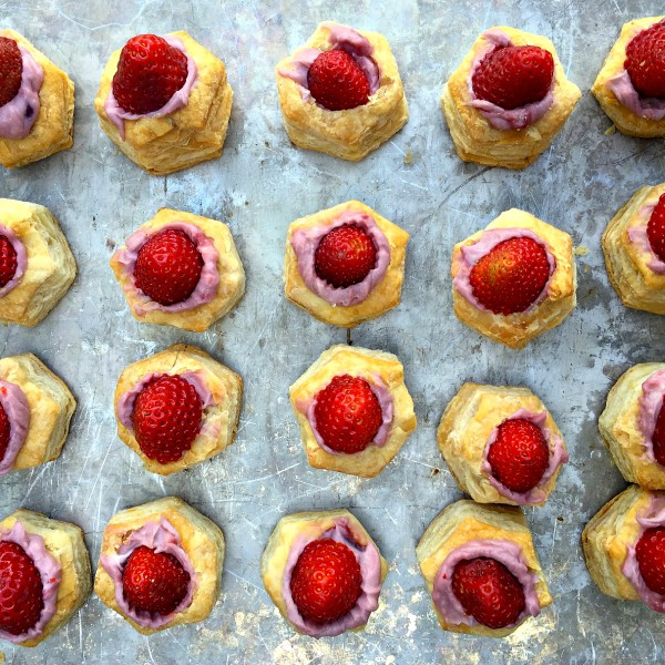 Strawberry Puff Pastry Bites