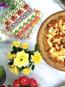 A weekend gathering, with ricotta and pears, for a Roasted Pear Ricotta Pizza!