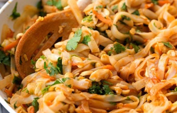 Easy Pad Thai Salad with cilantro