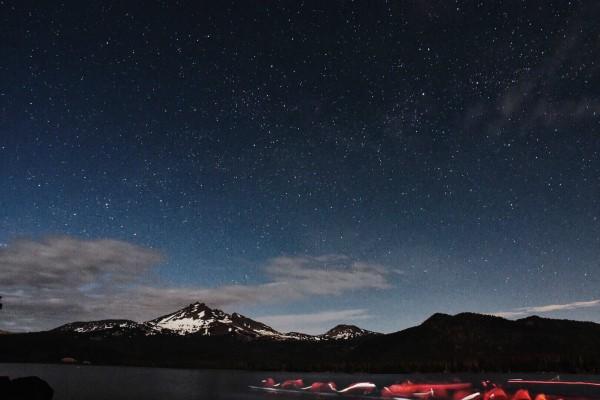 Moonlight & Starlight Canoe Tours - Wanderlust Tours, Bend, Oregon | Abbs Co Photos at ReluctantEntertainer.com