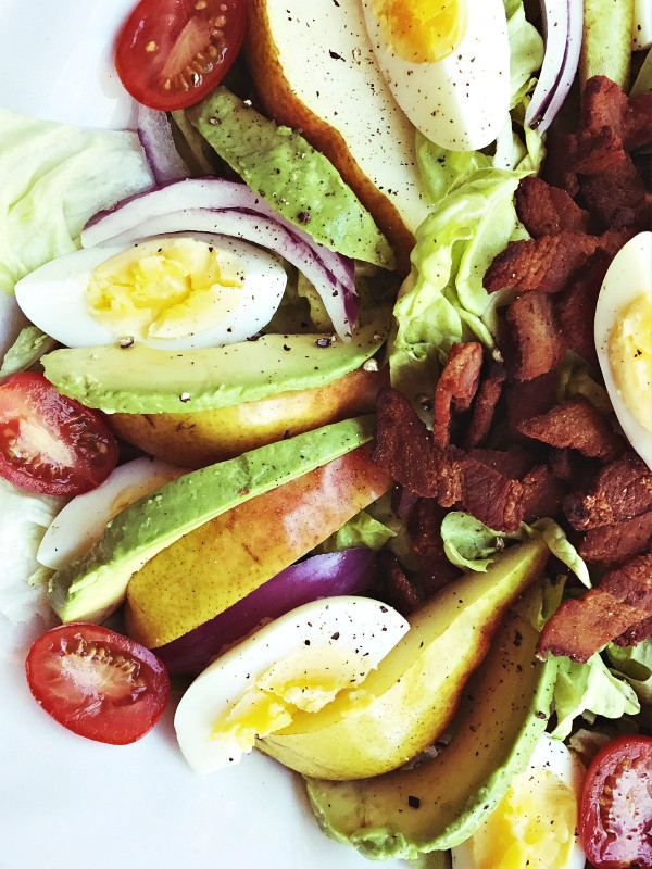 Bacon Pear Cobb Salad Recipe