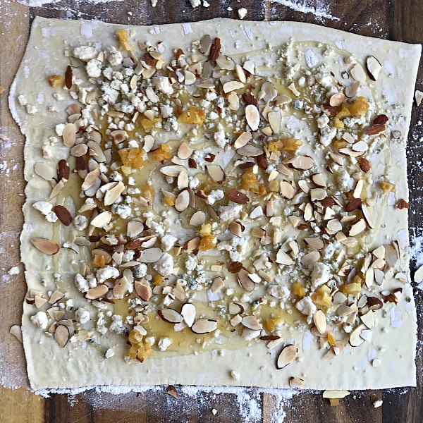 Pear Gorgonzola Puff Pastry Pinwheels