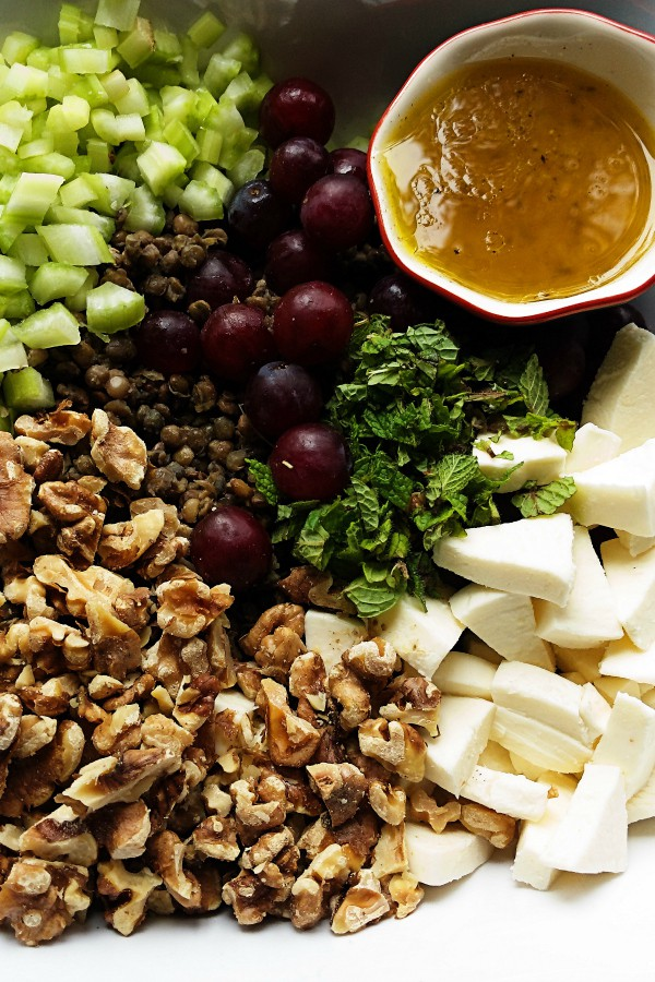 Lentil-Grape Mint Walnut Salad ingredients