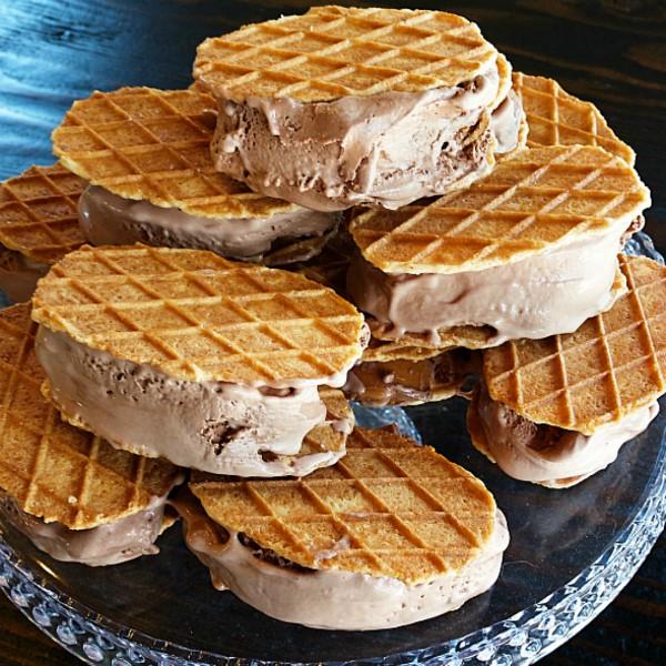 Chocolate Peanut Butter Ice Cream Sandwiches