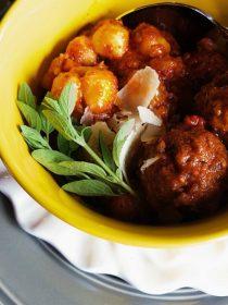 Slow Cooker Meatball Gnocchi Soup
