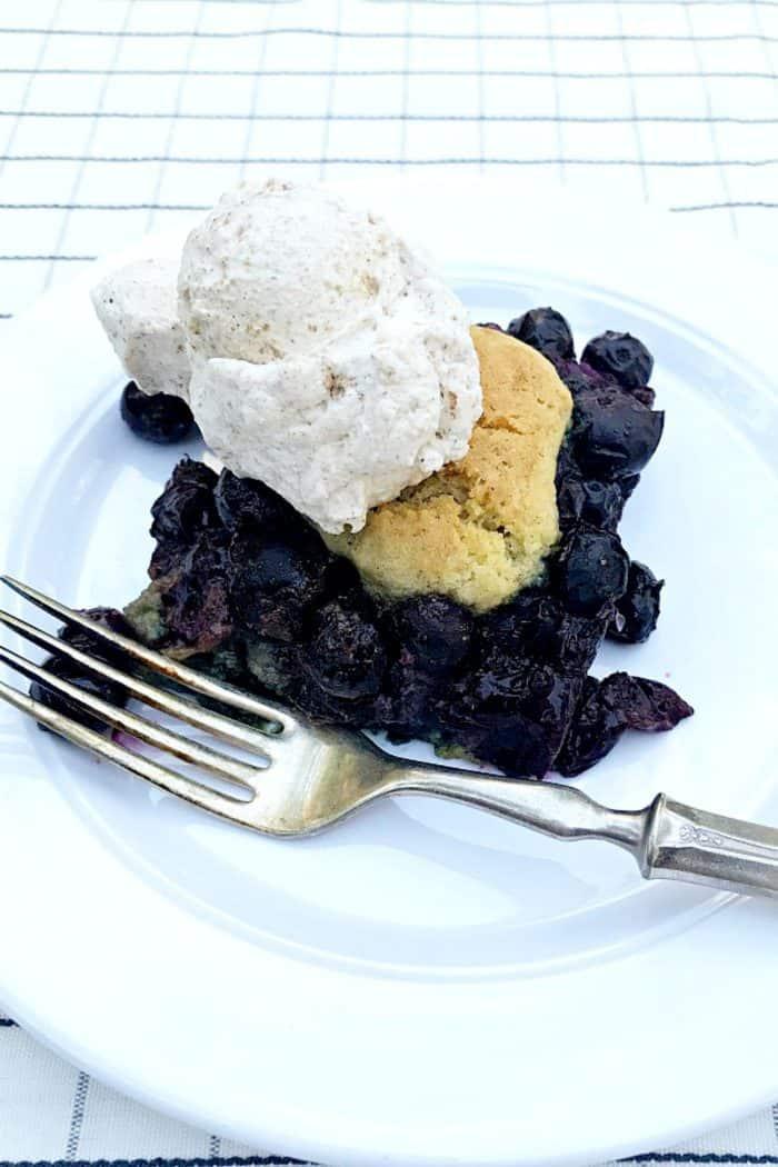 SO GOOD Blueberry Snickerdoodle Summer Cobbler