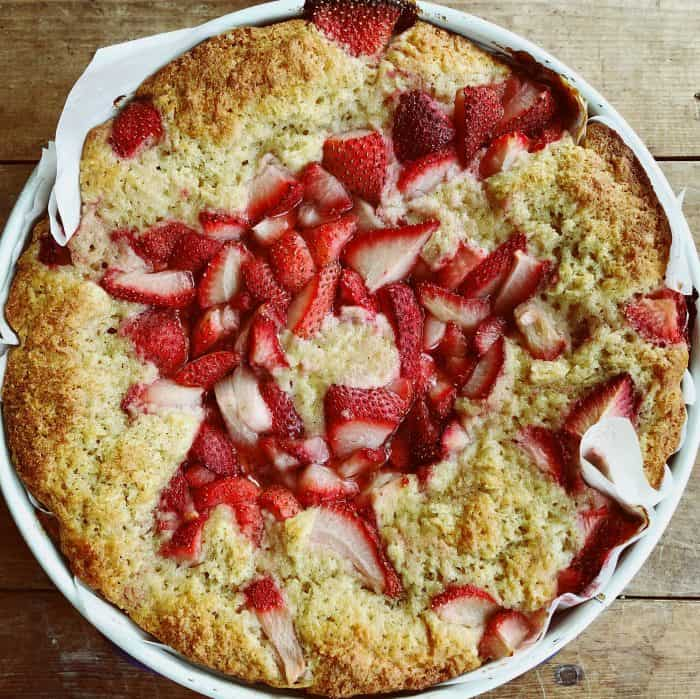 Strawberry Breakfast Yogurt Cake Recipe
